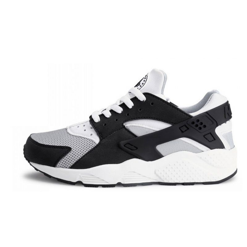 new arrivals 58e1d 8d568 NIKE Huarache Blancas y Negras por 49€ |Envió Gratuito|Shoes and More