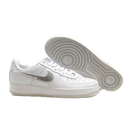 NIKE AIR FORCE ONE LOW BLANCAS LOGO PLATEADO