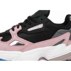 Adidas Falcon Negras Rosas