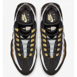Nike Air Max 95 Negras Doradas