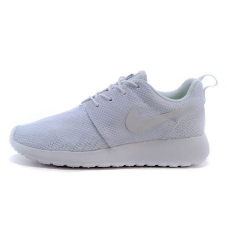 NIKE ROSHE RUN BLANCAS NEGRAS MODEL 1