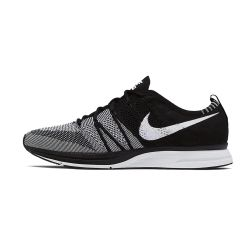 Nike Flyknit Trainer Negras Blancas