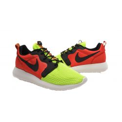 NIKE ROSHE RUN HYPERFUSE ROJAS Y AMARILLAS