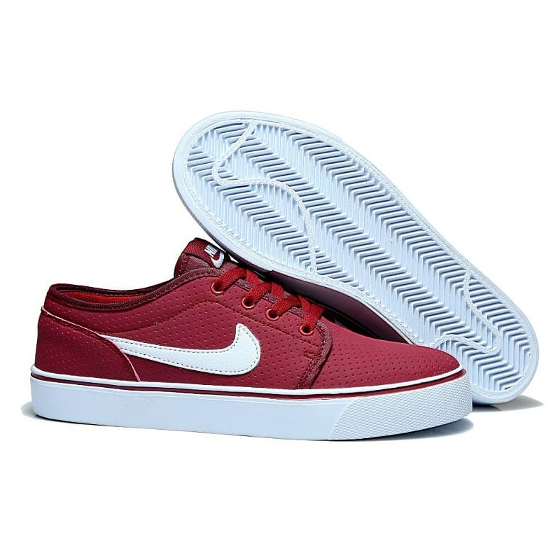 "Nike ""TOKI"" GRANATE"