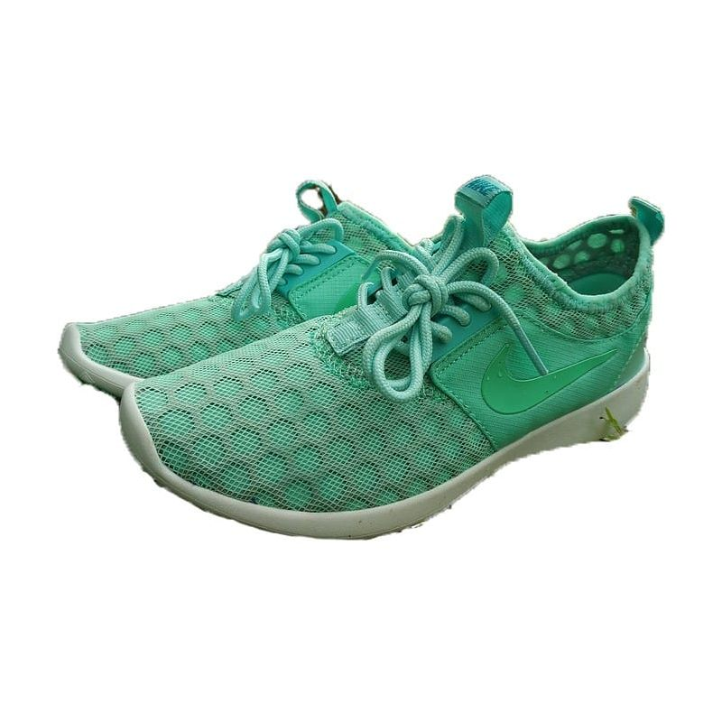 "Nike ""ROSHE RUN NEW"" VERDE CLARO"