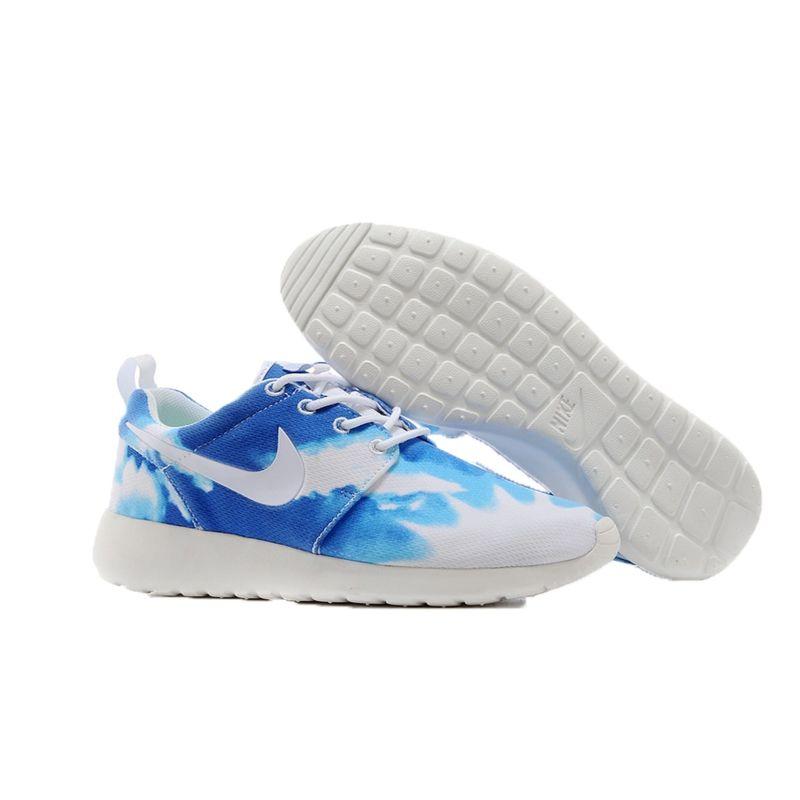 "Nike Roshe Run ""2014"" CIELO"