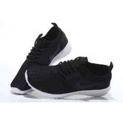 "Nike ""ROSHE RUN NEW""  NEGRO"