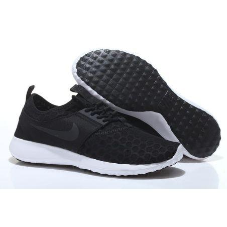 """Nike """"ROSHE RUN NEW""""  NEGRO"""